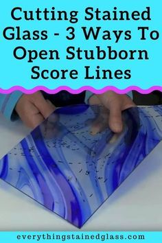 See 3 techniques using tapping to manage tricky stained glass cuts. Tapping is good for: Cutting inside curves Any score lines that don't separate with thumbs or pliers Cuts that are narrower at one end Making Stained Glass, Stained Glass Crafts, Faux Stained Glass, Stained Glass Designs, Stained Glass Patterns, Stained Glass Windows, Mosaic Glass, Fused Glass, Mosaic Mirrors