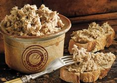 The famous rillettes of #Tours, a speciality made of pork. Delicious with red #wine and #bread!