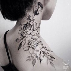See more ideas about neck tattoos, rose neck tattoo and arm neck tattoo. Botanisches Tattoo, Tattoo Trend, Tattoo Hals, Lion Tattoo, Tattoo Maori, Tattoo Drawings, Throat Tattoo, Tattoo Sketches, Trendy Tattoos