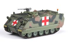 This display box is suitable for scale military model and vehicle. Army Medic, Easy Model, Army Infantry, Army Life, Military Diorama, Hot Wheels Cars, Military Equipment, Panzer, Armored Vehicles