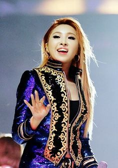 2NE1 || MAMA AWARDS 2015 HK || Minzy
