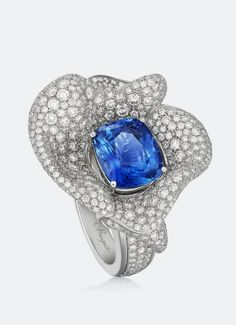 Breguet - collection Les Volants de la Reine - Sapphire and Diamond ring