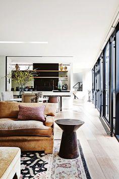 The living area of Robin Boyd's home in Melbourne. Design by Steven Jolson. In Vogue Living Australia. House Design, Room Design, Interior Design, House Interior, Home, Interior, Modern House, Beautiful Living Rooms, Home Decor