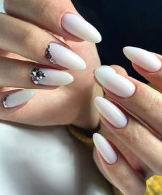 24 Strikingly Beautiful Wedding Nail Art Designs
