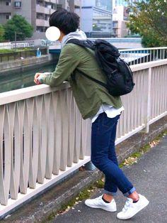 カーキシャツ×グレーパーカー だいぶカジュアル( •∀︎•` )⛑