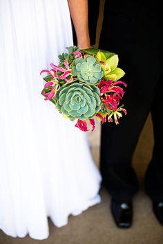 http://www.weddings-on-a-budget.co.uk -  lots more info on saving money on wedding planning     ##DIY ##wedding ##tutorials ##help ##guide