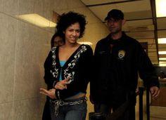 Arrestan a mujer imputada de asesinato