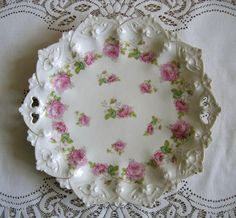 Victorian cake plate....this would make a beautiful birthday cake plate, esp with a carrot cake with cream cheese frosting and finely chopped pecans sprinkled on top.