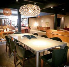 Luminária Pendente Kina @maislume Decor, Furniture, Table, Home, Conference Room Table, David Trubridge, Home Decor, Room