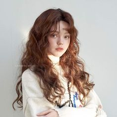 Hair Care Tips That You Shouldn't Pass Up. If you don't like your hair, you are not alone. Portrait Inspiration, Hair Inspiration, Aesthetic People, Hair Reference, Remy Hair Extensions, Model Face, Permed Hairstyles, Hair Care Tips, Girl Face