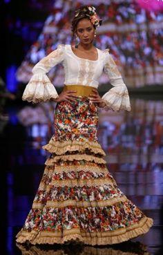 Spanish Fashion, Mexican Dresses, Gowns, Dance, Skirts, Beauty, Flamenco Dresses, Flamingos, Shirts