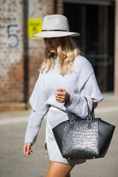 The Land Down Under: Street Style From Australian Fashion Week - HarpersBAZAAR.com