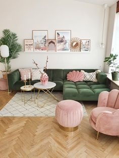 Small Space Living Room, Living Room Green, Cozy Living Rooms, Living Room Sofa, Home And Living, Pastel Living Room, Living Room Vintage, Living Room Prints, Green Rooms
