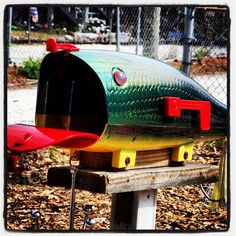 Facinated with what mailboxes people make