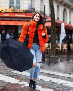 A collection of street style photos which you might love and inspire your own fashion. Fashion Photo, Fashion Looks, Paris Fashion, Toronto Fashion Week, Aw17, Street Photography, Women Wear, Winter Jackets, Street Style