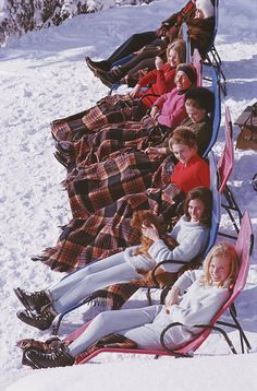 Vintage Ski, Photo Vintage, Vintage Travel, Vintage Posters, Vintage Winter, Vintage Photos, Slim Aarons, Winterguard, Ski Suisse