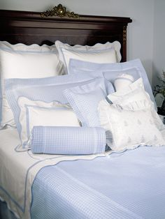 Prato - Fine Bed Linens - For the purist at heart, a crisp expanse of White 100 Egyptian cotton percale, has the cool refreshment of a lemon sorbet after an intensely satisfying dinner. Dorm Room Bedding, Bedding Master Bedroom, Linen Bedding, Bed Linens, Bedding Decor, Chic Bedding, Decor Pillows, Modern Bedding, Blue Bedding