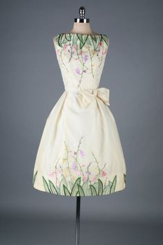 1950's Ivory Organza Embroidered Flower Garden Cocktail Dress