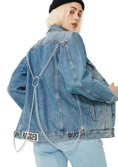 The Ragged Priest Bind Denim Jacket will hold ya close. This denim jacket has silver chains on the back, distressed details on the collar N' sleeves, and a button up front closure.