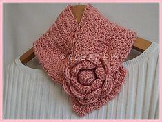 Ravelry: Springtime Rose Neck Warmer pattern by Tina Rodriguez
