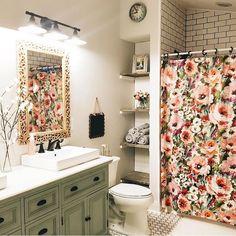 Beautiful farmhouse bathroom remodel decor ideas (31)