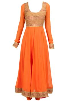 PAYAL PRATAP Orange gota kalidaar kurta set Product Code - PYPC0314CKD2 Price - $ 553 Description Featuring an orange georgette kalidaar kurta embroidered with gota detail on bodice. It comes along with a matching cotton silk churidaar and fushia pink georgette contrast dupatta. COMPOSITION: Georgette, cotton silk. Lining: Shantoon. CARE: Dryclean only.