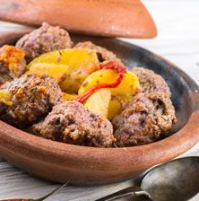 Tender meatballs slow-cooked to perfection. A dish that is greatly complemented by a side of potatoes. Lunch Recipes, Breakfast Recipes, Dinner Recipes, Moroccan Meatballs, Cooking Tips, Cooking Recipes, Slow Cooked Lamb, Lamb Meatballs, Cilantro
