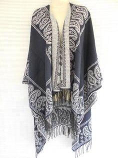e56354bdbc53 Paisley Knit Sleeveless Wrap Cape Sweater Shawl Poncho One Size Navy Blue  White