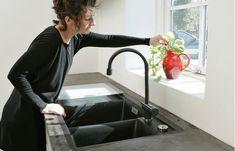 Eksklusivt køkkenbord til discountpris | Gør Det Selv Sink, Kitchen, Inspiration, Home Decor, Cooking, Homemade Home Decor, Vessel Sink, Biblical Inspiration, Sink Tops