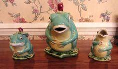 Majolica Frog Tea Set Pitcher Creamer Sugar Bowl Vintage Signed