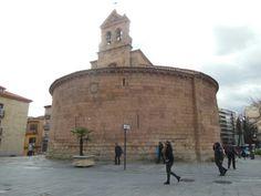 La iglesia de San Marcos de Salamanca es un edificio de estilo románico que se encuentra en la zona de la antigua muralla de la ciudad en la Puerta de Zamora.