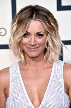 Hairstyles Short Round Face Image - Short Hair hairstyles Short Round face women and men come with the Option of 2017 hairstyles short. In the site...