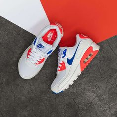 Nike Women's Air Max 90 « Ultramarine » Credit : Asphaltgold — #nike #airmax #sneakerhead #sneakersaddict #sneakers #kicks #footwear #shoes #fashion #style Latest Sneakers, Women's Sneakers, Air Max 90, Nike Air Max, Footwear Shoes, Nike Women, Kicks, Game, Closet