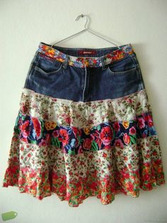 Diy Clothing, Sewing Clothes, Crochet Tank Tops, Funky Dresses, Denim Ideas, Denim Crafts, Denim Fashion, Fashion Outfits, Recycled Denim
