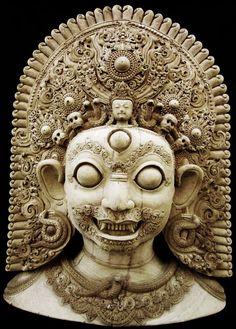 Shiva Bairava - Newari Carving Ancient Goddesses, Gods And Goddesses, Asian Sculptures, Stone Carving, Wood Carving, Fu Dog, Tibetan Art, Thai Art, Hindu Art