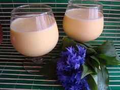 Romanian Food, Glass Of Milk, Drinks, Recipes, Blog, Canning, Drinking, Beverages, Recipies