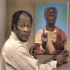 James Evans, played by John Amos, hanging his son's portrait of Ned The Wino as Black Jesus on the tv series Good Times. African American History, Native American Indians, Black Jesus Pictures, Christian Pictures, Good Times Tv Show, John Amos, Black Tv Shows, Babylon The Great, Black Characters