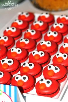 Elmo Macaroons - so cute for a Sesame Street Party
