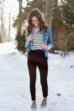 How To Wear Leggings With Vans Casual Outfits 38 Ideas Legging Outfits, Jean Jacket Outfits, Denim Outfit, Jacket Jeans, Skirt Outfits, Checkered Vans Outfit, Striped Shoes, Casual Outfits, Fashion Outfits