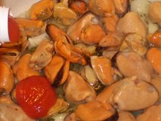 Mussels Pasta Recipe - Cooking Frozen Mussels Mussels Recipe Tomato, Best Mussels Recipe, Pasta Salad Recipes, Meat Recipes, Cooking Recipes, Seafood Dishes, Fish And Seafood