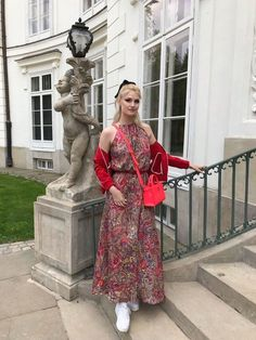 Showcasing a perfect combination of elegance and femininity, the maxi sukienka boho from Rosarosie is an absolute pleasurable wear. Color Patterns, Wrap Dress, Femininity, Elegant, Fitness, Casual, How To Wear, Beautiful, Dresses