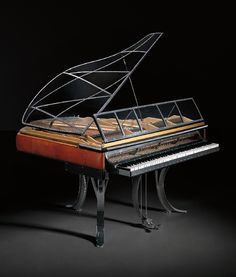POUL HENNINGSEN - Rare 'PH' Grand Piano, 1931 - Painted wood, wood, acrylic, chromium-plated steel, lacquered steel, Niger leather.