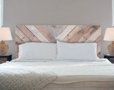 Nice 35 Unique DIY Pallet Bed Frame Ideas http://homiku.com/index.php/2018/02/22/35-unique-diy-pallet-bed-frame-ideas/