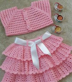Crochet Vest Pattern Knit Crochet Crochet Patterns Crochet Baby Booties Baby Girl Crochet Crochet For Kids Baby Knitting Hand Embroidery Baby DressDuplicate from picture no patternBeris Agnew's media statistics and analyticsThis model is a cardigan t Crochet Baby Dress Pattern, Knit Baby Dress, Baby Girl Crochet, Crochet Baby Clothes, Crochet For Kids, Baby Knitting Patterns, Baby Patterns, Crochet Patterns, Crochet Ideas
