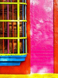 La ventana de cinco colores, via Flickr.