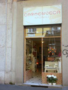 Carmen Veca Monili  via Savona 1 Milano