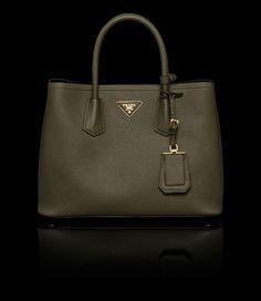 8e3b96407953 16 Best Fabulous Handbags images
