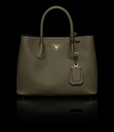 i heart bags. on Pinterest | Celine, Givenchy and Carolina Herrera