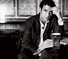 Clive Owen...perfection.