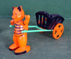 rare 1950's ROSEN rosbro IRWIN hard plastic HALLOWEEN CAT candy CONTAINER vg